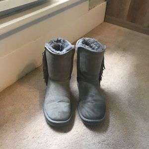 grey winter boots with fringe